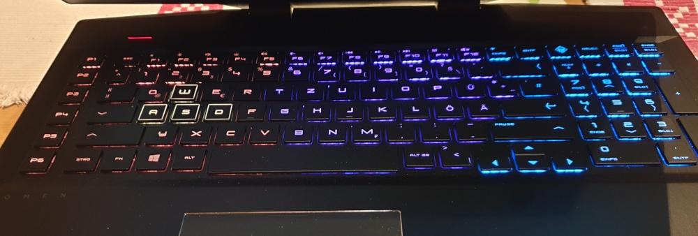 hp_omen_beleuctete_tastatur